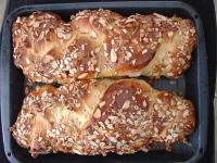 Kozunak with walnuts and cocoa
